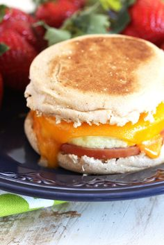 Make Ahead Freezer Breakfast Sandwiches | TheSuburbanSoapbox.com