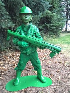 78ea2b16110 DIY plastic army man Halloween costume Kids Army Costume