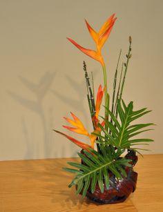 Ikebana by bobosh_t, via Flickr