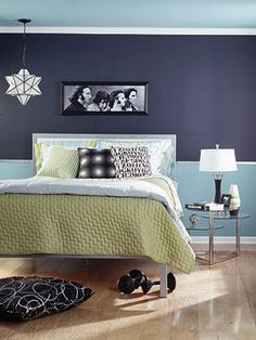 I will need this soon enough.Tips on how to decorate a teen bedroom.