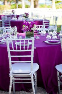 Wedding - Purple theme table setting...very simple and most of all PRETTY!