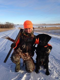 Now that the spring turkey-hunting season is nearly upon us, you should find the right shotgun. As turkey hunting has become increasingly popular, more and more manufacturers have developed shotguns that have more features. Quail Hunting, Deer Hunting Tips, Hunting Camo, Hunting Girls, Pheasant Hunting, Turkey Hunting, Archery Hunting, Womens Hunting Clothes, Women Hunting