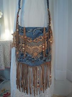 Handmade Denim CrossBody Bag Boho Hippie Purse Beaded Leather Fringe Lace tmyers in Clothing, Shoes & Accessories, Women's Handbags & Bags, Handbags & PursesBags & Handbag Trends : Bolsa-a-tiracolo-Handmade-Denim-Bolsa-Boho-Hippie-Bolsa-Frisada-Franj Hippie Purse, Hippie Bags, Boho Bags, Hippie Style, Hippie Bohemian, Bohemian Style, Boho Gypsy, Crea Cuir, Gypsy Bag
