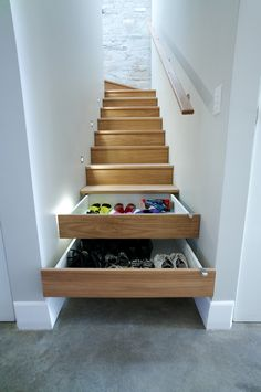 Contemporary Staircase Entryway Bench with Shoe Storage with Stair Drawers