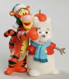 Disney-Hallmark-Ornament-Familiar-Face-Winnie-Pooh-Tigger-2001-Christmas