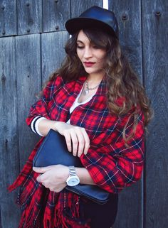 Plaid Madness | Nebunia carourilor | Color Me RED by Roxana Ifrim | Fashion and Style blog Blogger Style, Style Blog, Fashion Bloggers, Daniel Wellington, Madness, Plaid, Street Style, Red, Collection
