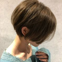 【HAIR】山本航大さんのヘアスタイルスナップ(ID:391995)。HAIR(ヘアー)では、スタイリスト・モデルが発信する20万枚以上のヘアスナップから、髪型・ヘアスタイル・ヘアアレンジをチェックできます。 Short Bob Haircuts, Pixie Haircut, Short Hair Styles, Fashion Beauty, Hair Cuts, My Style, Awesome, Short Hair, Hair