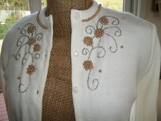 Early 50's Vintage White  Faux pearls and Beads Sweater by Amber sz Small 8
