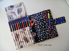 TresP craft blog: ESTUCHES PORTA LÁPICES PARA LA VUELTA AL COLE Sewing Art, Sewing Crafts, Sewing Projects, Sewing Patterns, Pencil Case Tutorial, Diy Pencil Case, Glue Art, Denim Crafts, Art Case