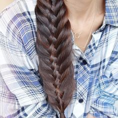 «New hair tutorial on my channel! learn how to transform this woven fishtail braid into a stacked braid! It's so cute so don't forget to check it out…»