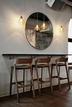 2016 barstools trends for a contemporary home bar #barstools #counterbar #modernchairs modern living room, bar counter hight, bar chairs | See more at: http://modernchairs.eu/2016/03/01/2016-barstools-trends-for-a-contemporary-home-bar/