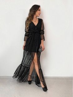 Vestido Michele Sheer Dress, Tulle Dress, Pretty Dresses, Beautiful Dresses, Fashion Wear, Fashion Dresses, Moda Instagram, Spring Outfits Women, Elegant Outfit