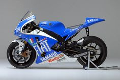 YAMAHA YZR - M1 - Valentino Rossi - TEAM FIAT - YAMAHA - GP - BARCELONA MOTO GP 2008 by Namth, via Flickr