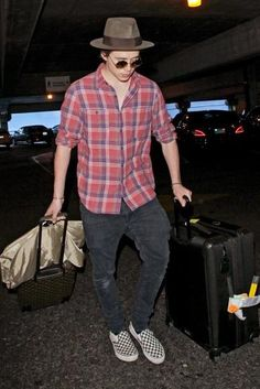 Brooklyn Beckham wearing Vans Classic Checkerboard Slip-on, Victoria Beckham Supra Round Sunglasses, Tumi Alpha II 29 Inch Medium Trip Expandable Packing Case and Louis Vuitton Pegase 55 Celebrity Outfits, Male Outfits, Fashion Outfits, Brooklyn Beckam, Star Fashion, Mens Fashion, Vans Checkerboard, Vans Slip On, Mens Clothing Styles