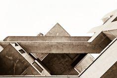 Habitat 67 - Moshe Safdie by Scott Norsworthy, via Flickr