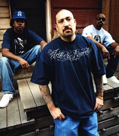cypress hill opened for Lincoln Park in 2002