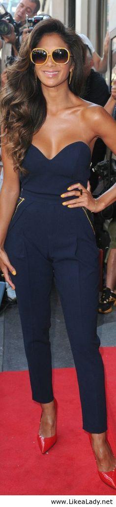 Nicole Scherzinger otros zapatos