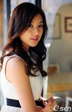 카라사이트추천㉩DDR575,COM ㉩우리카지노㉩ 해외카지노사이트카지노사이트추천게임몽카지노사이트카지노 Kim So Eun, Kim Ji Won, Beautiful Girl Photo, Beautiful Asian Women, Korean Beauty, Asian Beauty, Asian Woman, Asian Girl, Beauty Around The World
