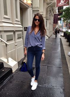 Striped blouse and Stan Smith Adidas, perfect combination.