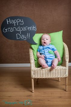 Happy Grandparents Day - using our DIY word bubble chalkboard! Science Fair Projects, Kid Projects, Crafty Projects, Happy Grandparents Day, Crafts For Kids, Diy Crafts, Grandparent Gifts, Parenting Quotes, Baby Photos