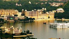 Udaipur holds a magnificent historical background and it reminds of the assault of the Mughal Emperor on Chittorgarh where in 1559 the erstwhile Maharana of Mewar migrated to this place and made his new capital which is now famous as Udaipur. Udaipur, World Famous, Walking Tour, Tourism, Places To Visit, India, Cycling Tours, Architecture, City