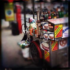 Overloaded Hotdog Cart Iphone Pics, Hot Dogs, Cart, Racing, Vehicles, Covered Wagon, Running, Auto Racing, Car