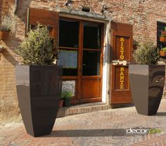 Corby (Large) | Decorpro Restaurant Entrance, Restaurant Wedding, Outdoor Planters, Indoor Outdoor, Outdoor Decor, Here Comes The Bride, Porch Decorating, On Your Wedding Day, Tea Lights