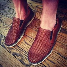 Search results for: 'shop new holding 20618 mcguffey woven slip on tan' Casual Loafers, Loafers Men, Casual Outfits, Casual Clothes, Johnston Murphy, Driving Shoes, Shoes Online, Slip On Shoes, Gentleman