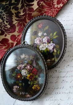Antique Pair of Oval Miniature 1900's Oil Paintings