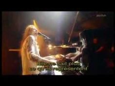 Tori Amos, Virginia (with French subtitles!)