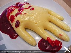 http://www.chefkoch.de/rezepte/1312001235978094/Eiterhaende-in-Blut.html