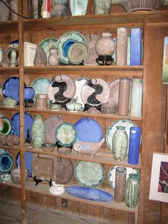 McCarty pottery from MS Delta~~~obsessed! Pottery Plates, Ceramic Pottery, Mccarty Pottery, The Beautiful South, Beautiful Things, Delta House, Delta Girl, Champagne Taste, Pottery Making