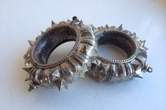 SOLD - Ethnic spiky silver bracelets from India op Etsy