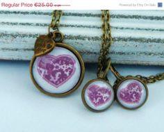 ON SALE Romantic Jewelry Set with dark red Heart by Schmucktruhe, €17.50