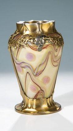Vase mit Metallmontierung Loetz Wwe., Klostermühle (Glas)