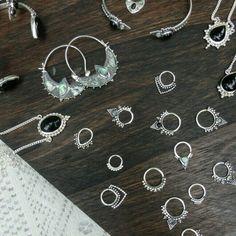 Buy any 3 creations in my shop & get off! Minimalist Jewelry, I Shop, Bracelets, Silver, Stuff To Buy, Shopping, Bracelet, Arm Bracelets, Bangle