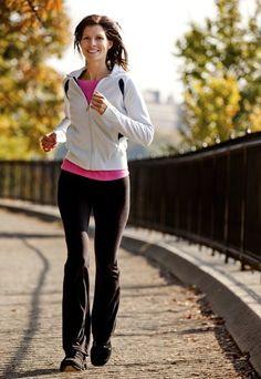 GAG: esercizi gambe addominali glutei - Se non avete tempo d'iscrivervi in palestra o semplicemente non amate questo tipo d'ambiente, ma non volete rinunciare alla forma fisica, potete facilmente ritagliare una...