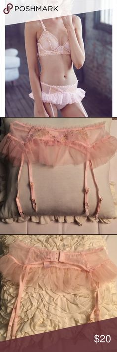 Vs femme ballerina lingerie piece Nwot, perfect condition. Baby pink tulle garter belt with dainty gold floral design, and a tiny rhinestone detail. Size xs/small. Adjustable garters and three rows of hooks clasp in the back for a perfect fit! Super feminine and beautiful  Victoria's Secret Intimates & Sleepwear