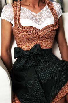 Dirndl ANNA SUNSET GOLD Dirndl Dress, Dress Skirt, Oktoberfest Outfit, Dress With Shawl, German Fashion, Costume Patterns, Everyday Dresses, Mode Inspiration, Fashion Fabric