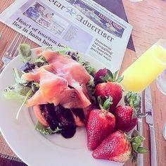 ALOHA 本日は、HawaiiのLocal(ローカル=地元)おすすめのbreakfastをご紹介します AttendはChris! Chrisは、MAILEのスタッフの友人で、おしゃれなカフェが大好き! 写真も全てCh …共有: