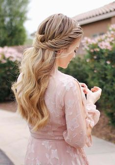 36 Pretty Half Up Braided Hairstyles for 2018. Are you searching for best styles of braids to sport in 2018? See here our favorite collection of braided and wedding half up half down hairstyles to get most romantic hair look. To help in your search and to make you look more attractive, we have compiled here the amazing styles of half up braids with long in 2018.