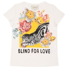 Gucci Blind for Love cotton jersey t-shirt ($136) ❤ liked on Polyvore featuring tops, t-shirts, bianco, pattern tees, short sleeve t shirts, summer tees, print tees and gucci tee