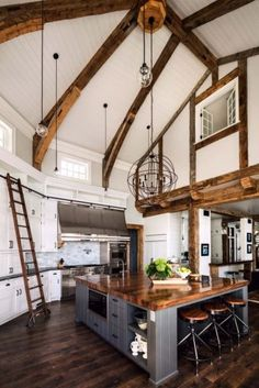 open concept kitchen, high ceilings, wood beams, kitchen ladder, white cupboards… - home diy apartment Home Decor Kitchen, Country Kitchen, Interior Design Living Room, Kitchen Ideas, Modern Interior, Kitchen Interior, Kitchen Layout, Kitchen Designs, Kitchen Rustic