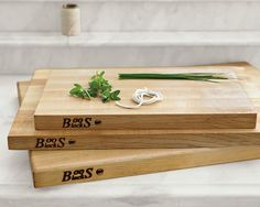 Boos edge grain maple cutting board: Cooking nuts go crazy over these cutting boards