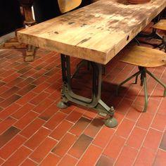 Seite von Tisch