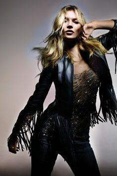 Kate Moss anuncia su nueva colaboración con la firma Topshop. Conoce todos los detalles de la nueva colección de ropa Primavera- Verano 2014 de este dueto.  http://www.linio.com.mx/moda/?utm_source=pinterest&utm_medium=socialmedia&utm_campaign=MEX_pinterest___blog-fas_mosstopshop_20140411_15&wt_sm=mx.socialmedia.pinterest.MEX_timeline_____blog-fas_20140411mosstopshop15.-.blog-fas