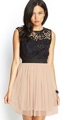 Super cute for formals and stuff. Crocheted tulle dress http://www.studentrate.com/trending