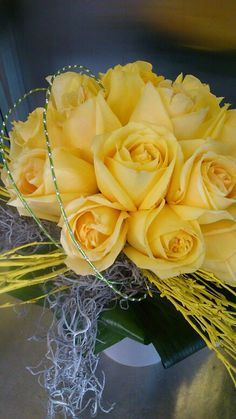 Roses are yellow