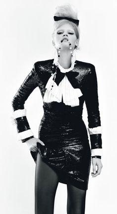 Google Image Result for http://www.wmagazine.com/images/fashion/2009/08/faar_lara_stone_v.jpg