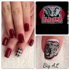 Alabama nails Alabama Nail Art, Football Nail Art, Fun Makeup, University Of Alabama, Alabama Crimson Tide, Roll Tide, Senior Pics, Girl Stuff, Hair And Nails